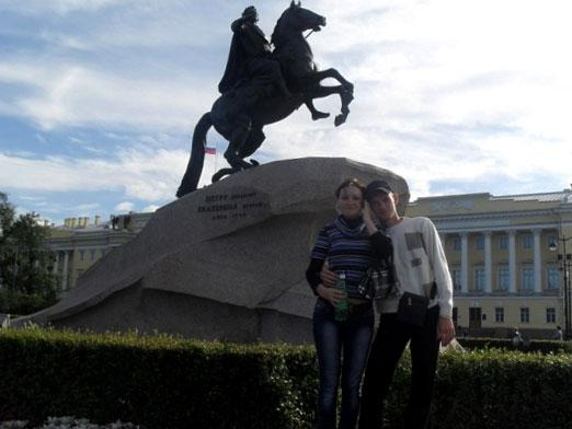 Where to go in St. Petersburg with a girl?